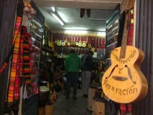 negozio srtumenti la paz